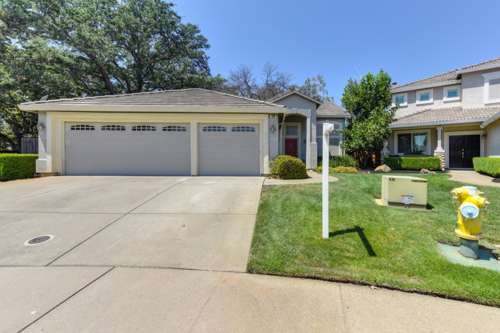Photo of 668 Cole Court  Folsom  CA