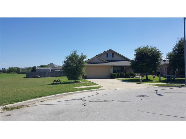 Photo of 320 Floating Leaf DR  Hutto  TX