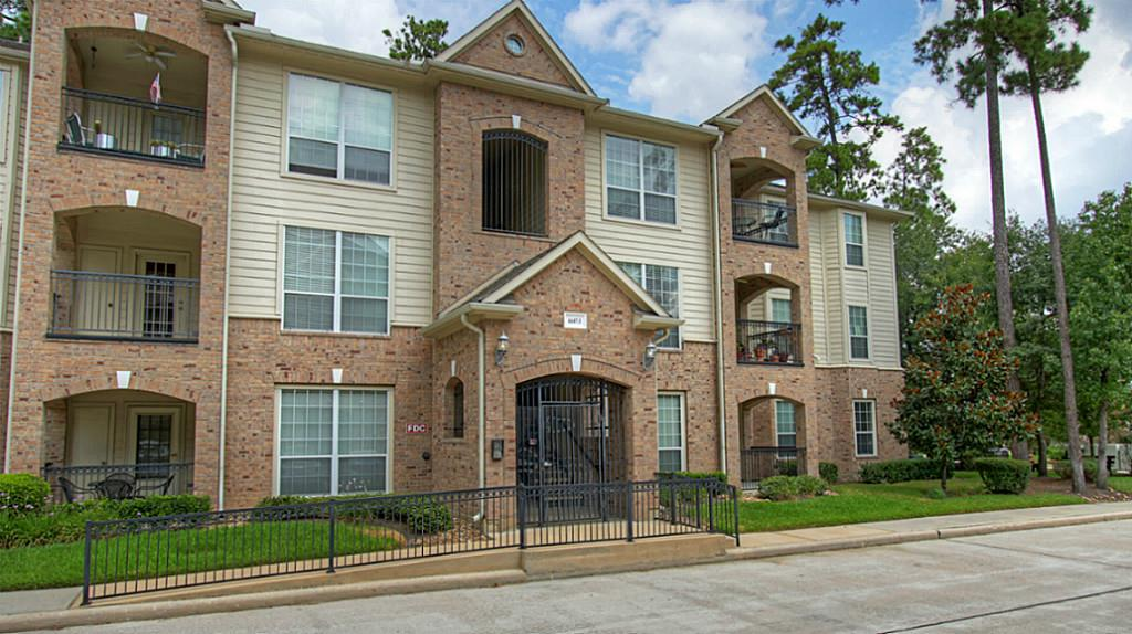 6607 Lake Woodlands Drive 313 The Woodlands, TX 77382
