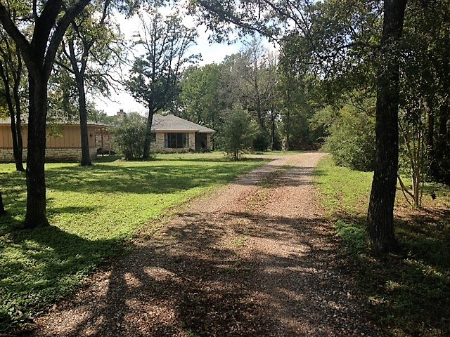 Photo of 129 Green Acres LOOP  Bastrop  TX