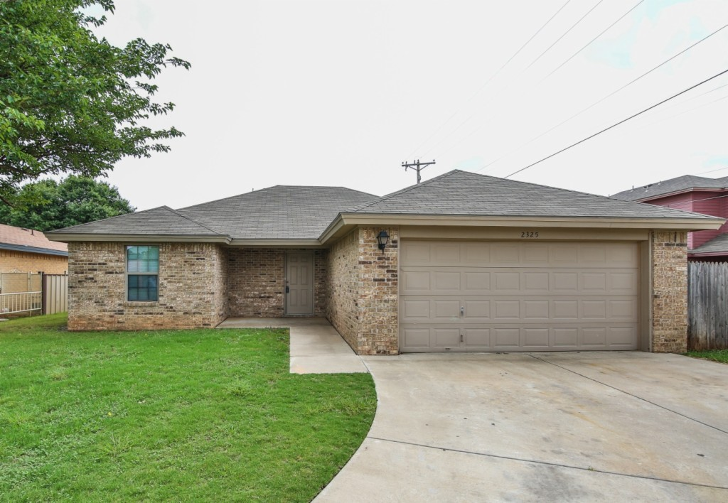Photo of 2325 77th St  Lubbock  TX