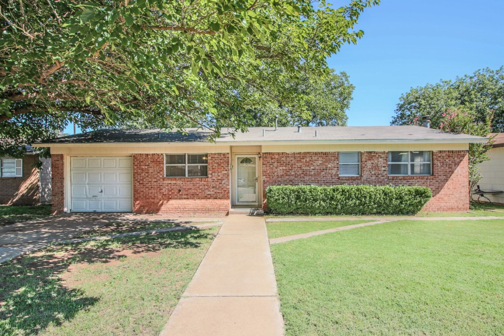 Photo of 4516 52nd St  Lubbock  TX