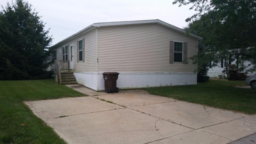 Photo of 379 Peach Lane East  Ann Arbor  MI