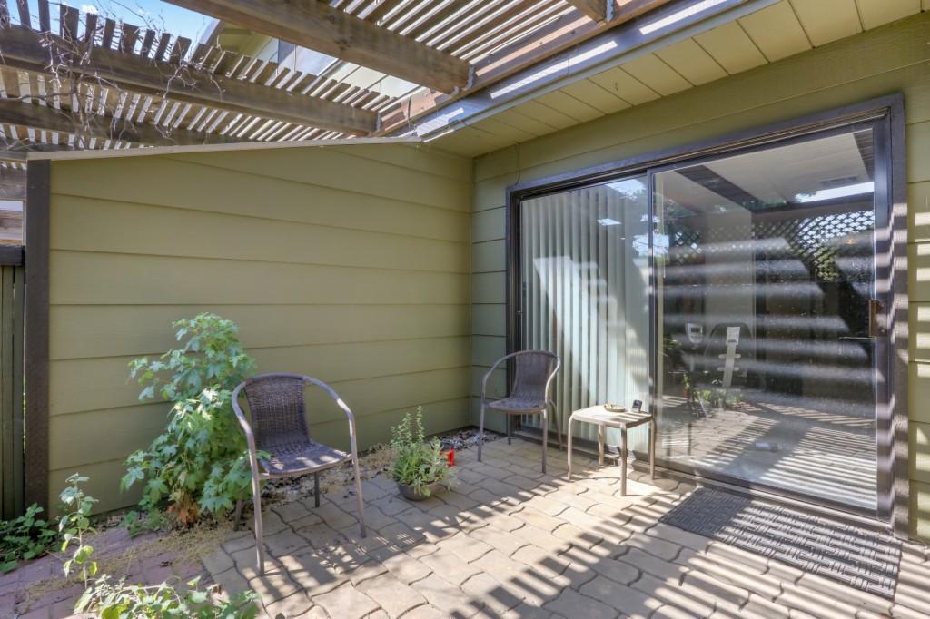 Photo of 610 Sunnybrook Circle  Turlock  CA