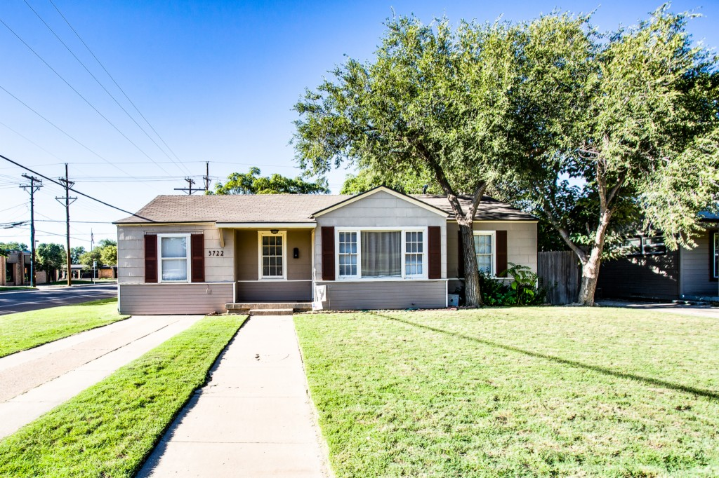 Photo of 3722 25th St  Lubbock  TX