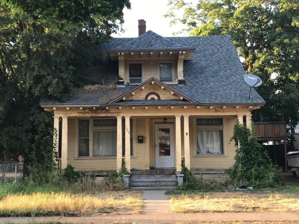Photo of 1208 W Frederick  Spokane  WA