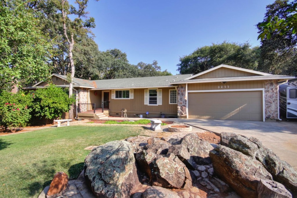 Photo of 3277 Country Club Dr  Cameron Park  CA