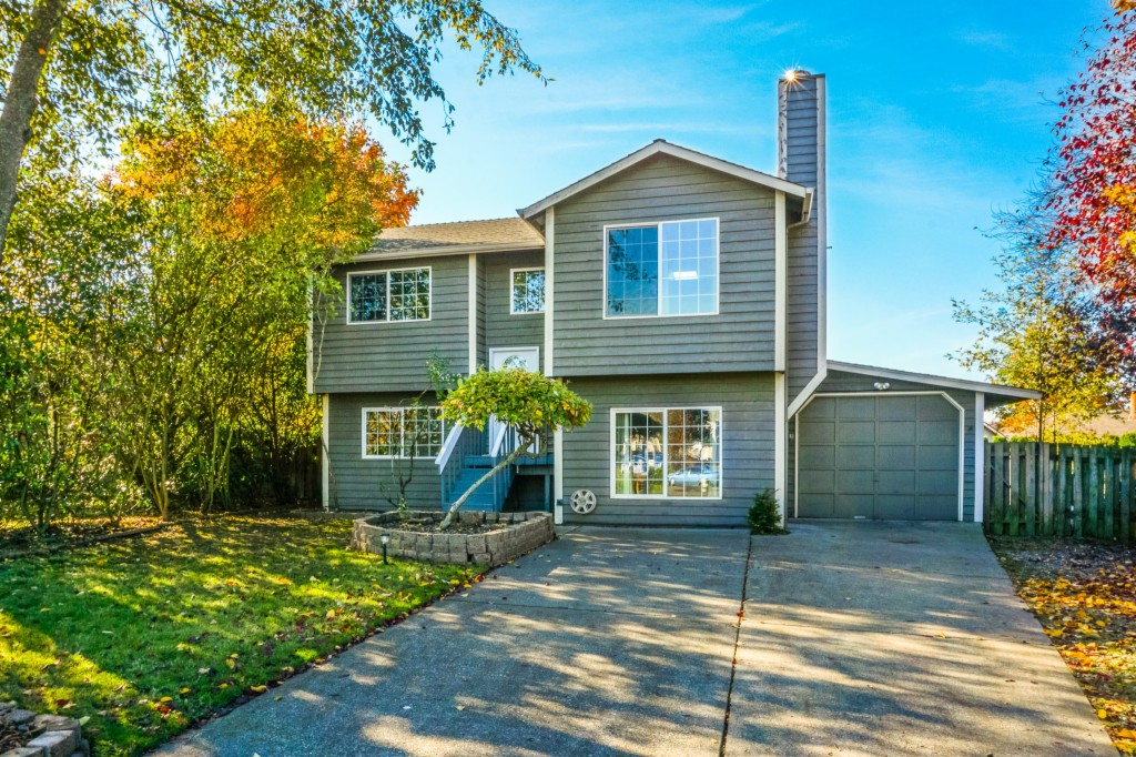 Photo of 5012 38th St NE  Tacoma  WA