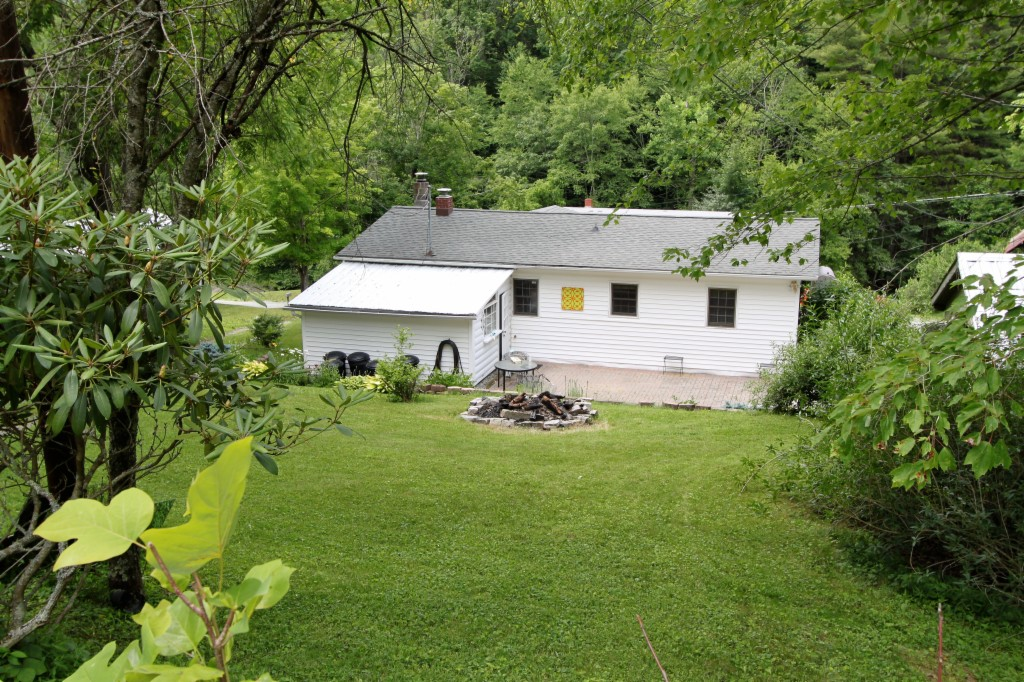 Photo of 736 Love Hollow Rd  Valle Crucis Area  Vilas  NC