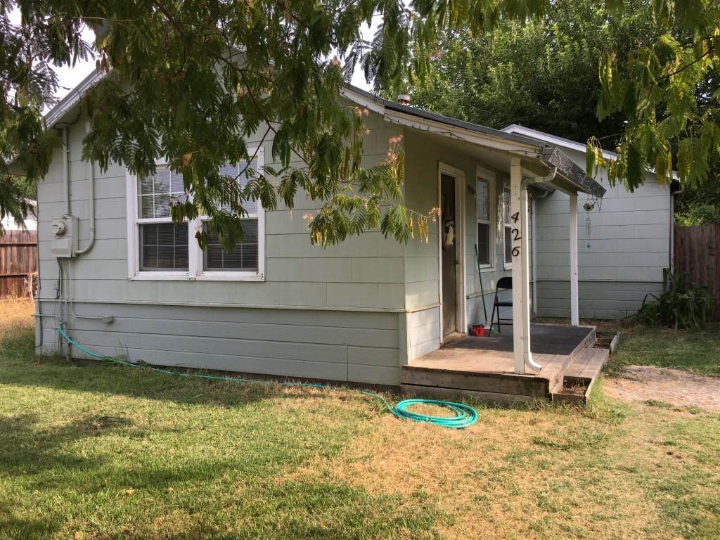 Photo of 426 Winterhaven Avenue  Sacramento  CA