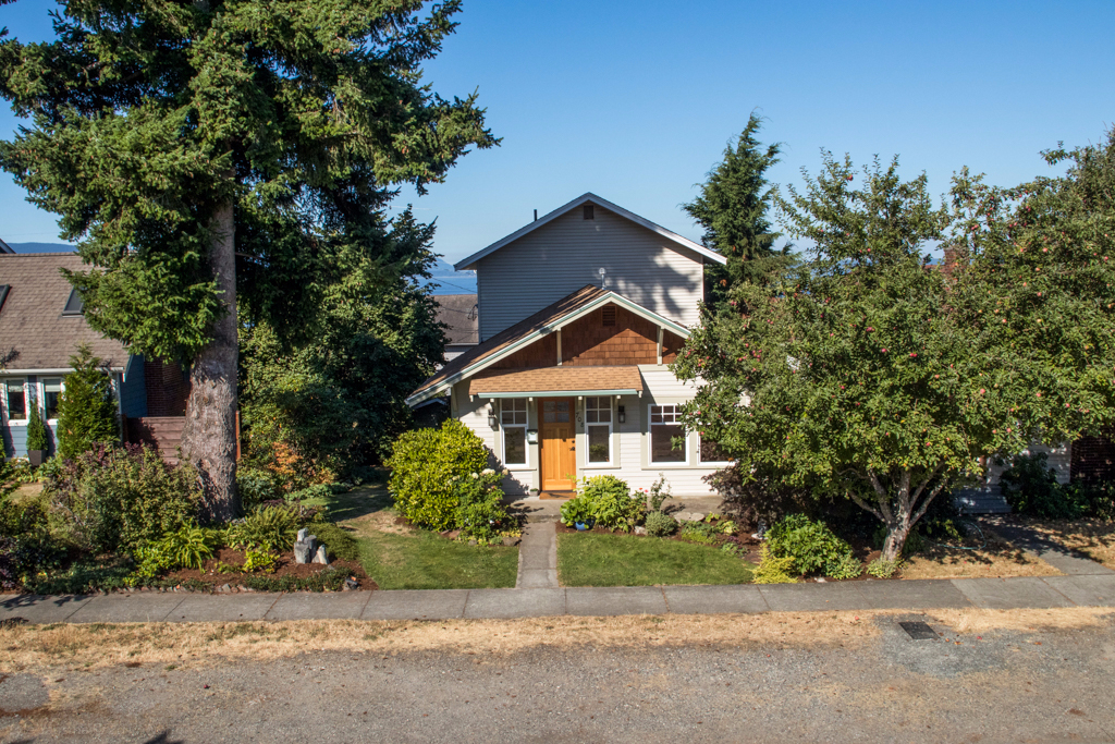 Photo of 708 13th Street  Bellingham  WA