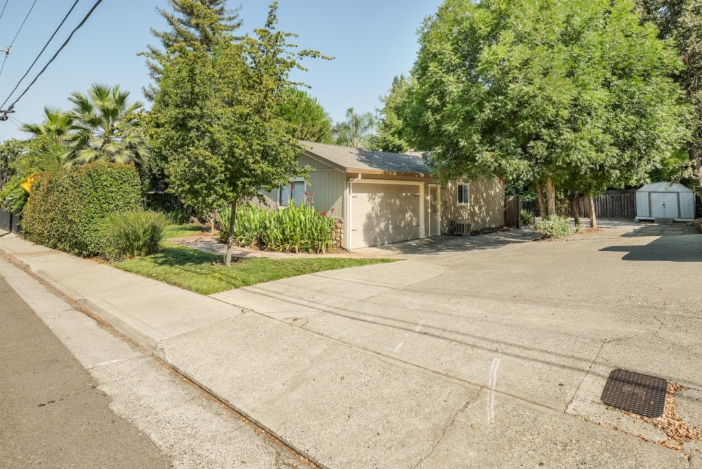 Photo of 5881 King Road  Loomis  CA