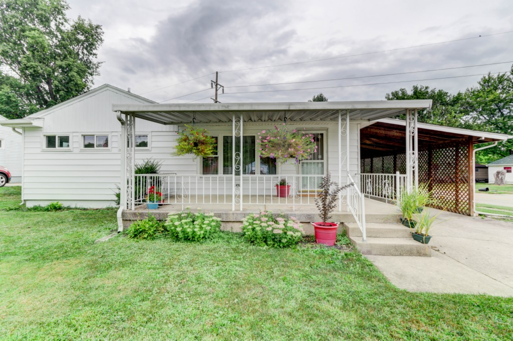 Photo of 443 Travis Dr  Riverside  OH