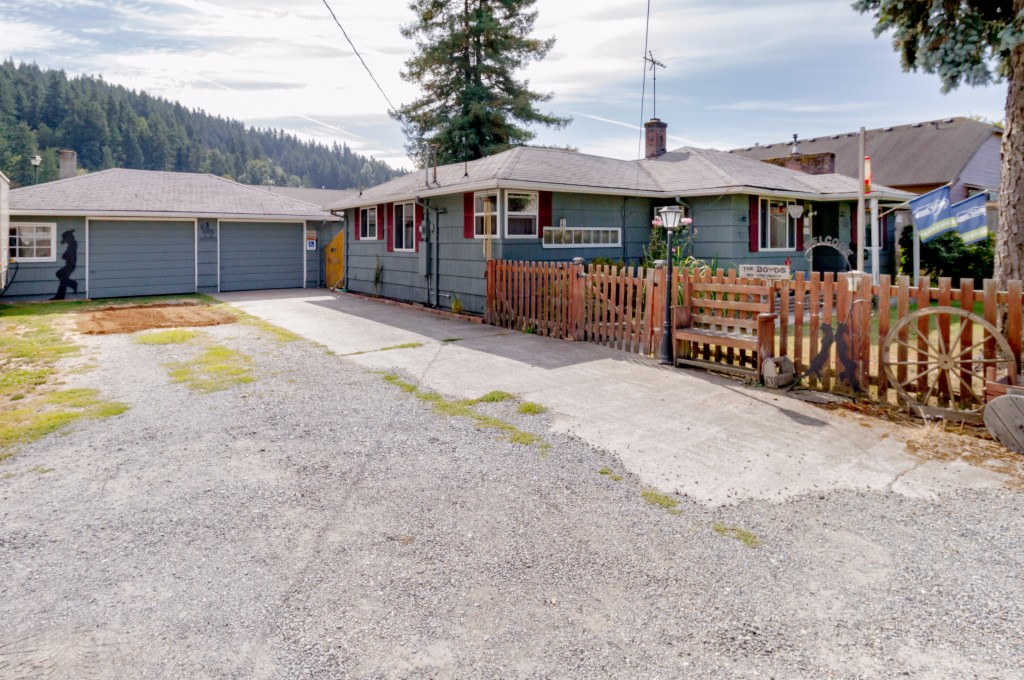 Photo of 4505 East Valley Hwy E  Sumner  WA