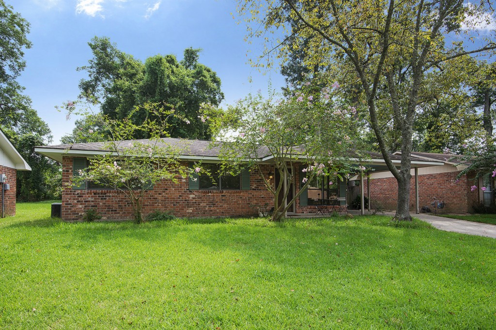 Photo of 7325 Meadowbrook Ave  Baton Rouge  LA