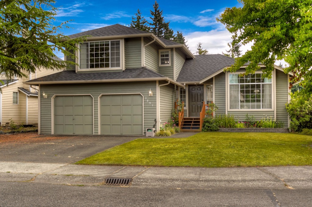 Photo of 1251 SW 355th Place  Federal Way  WA