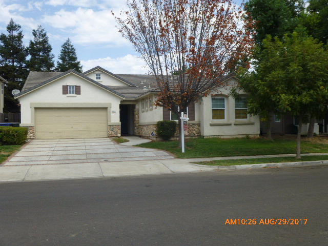 Photo of 1421 Cliff Swallow Drive  Patterson  CA