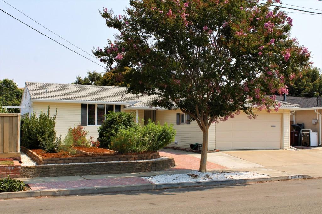 Photo of 31032 Hershey Way  Hayward  CA