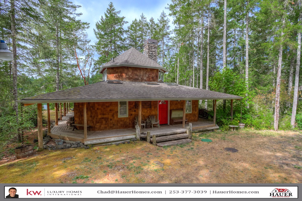 Washington waterfront property in shelton hoodsport for Hood canal cabin for sale