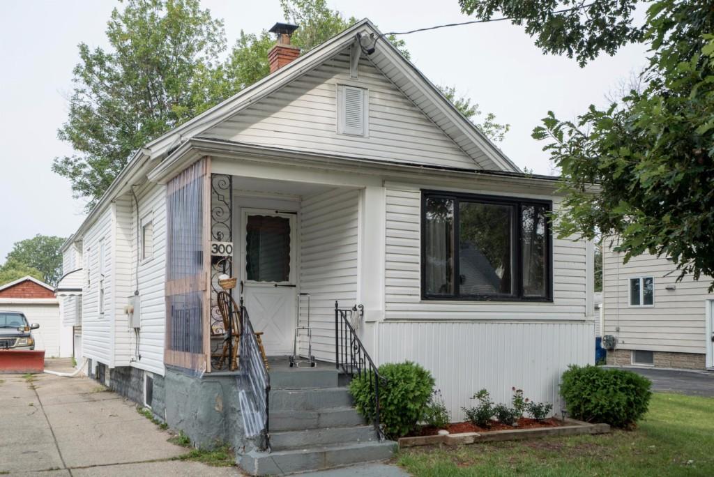 Photo of 300 Springville Avenue  Amherst  NY