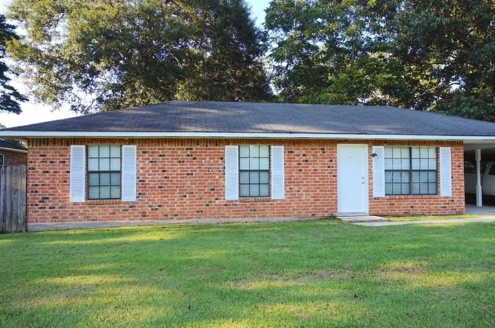 Photo of 17223 Aston Ave  Greenwell Springs  LA