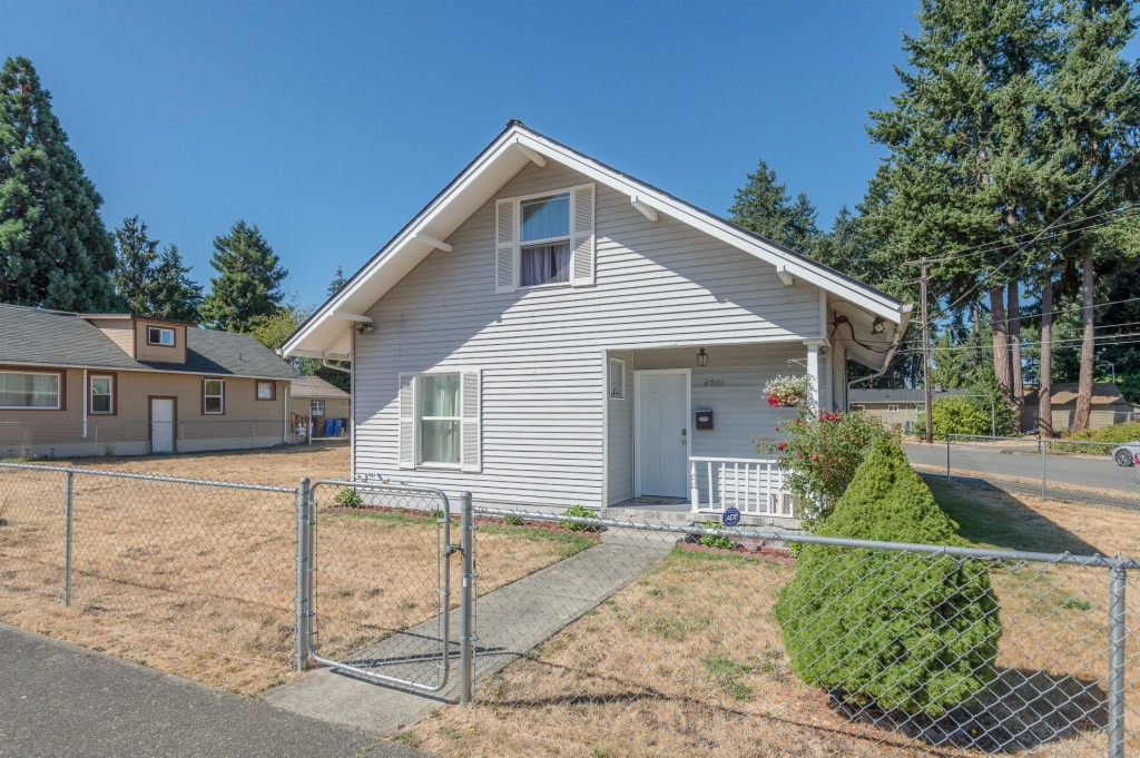 Photo of 6702 S Mason Ave  Tacoma  WA