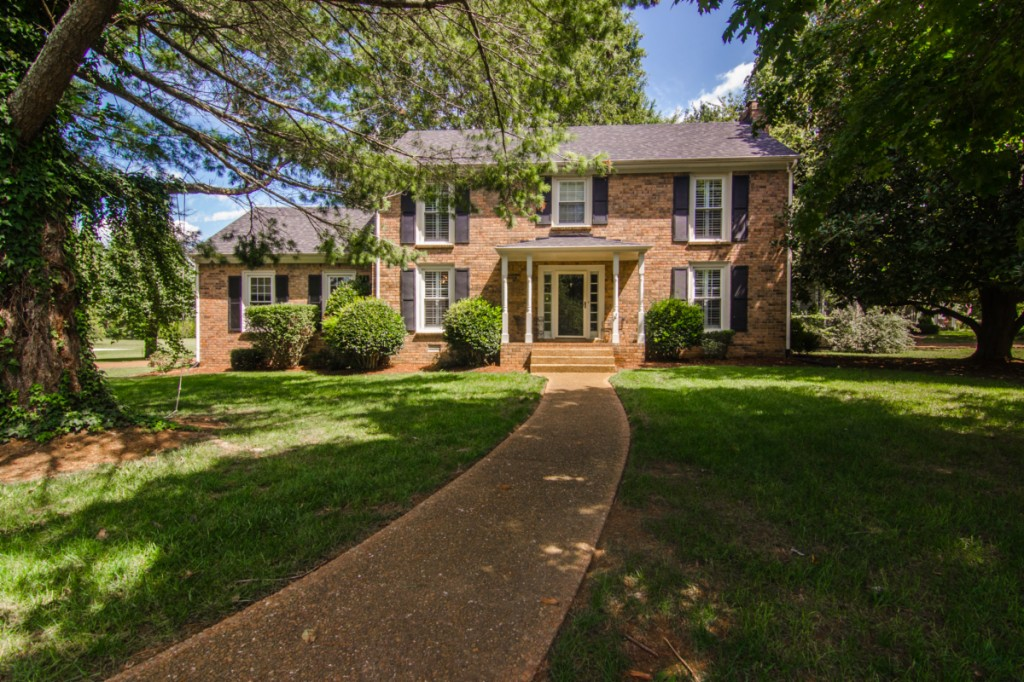 Photo of 200 Countryside Dr  Franklin  TN