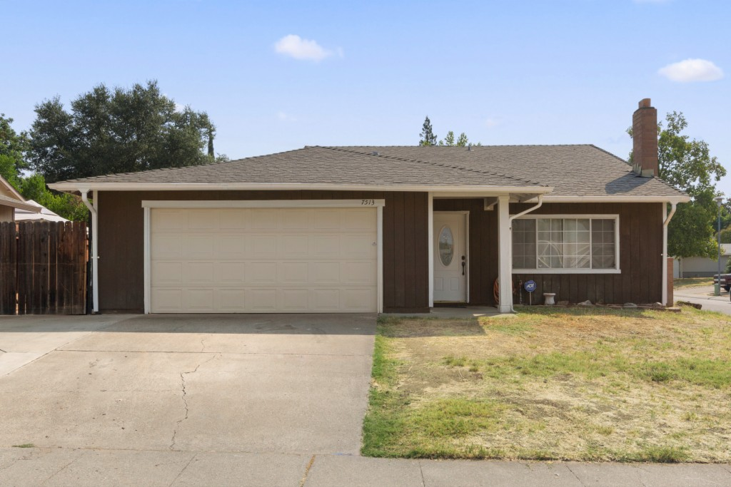 Photo of 7513 Wooddale Way  Citrus Heights  CA