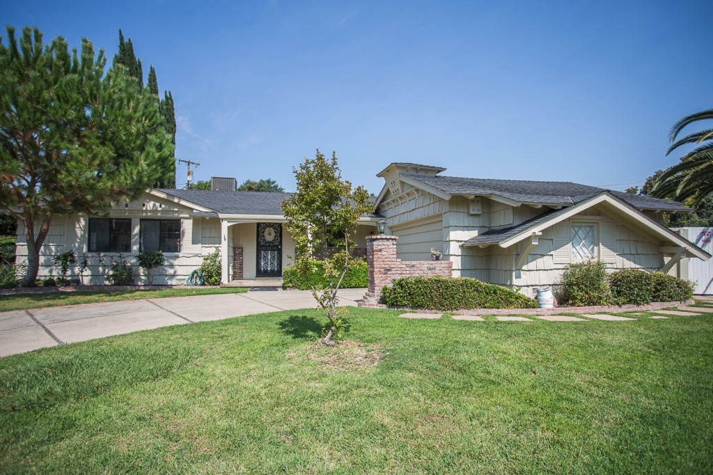 Photo of 2208 Penn Ct  Sacramento  CA
