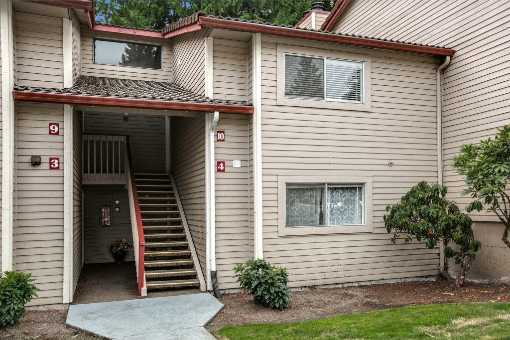 Photo of 17535 150th CT SE  Renton  WA