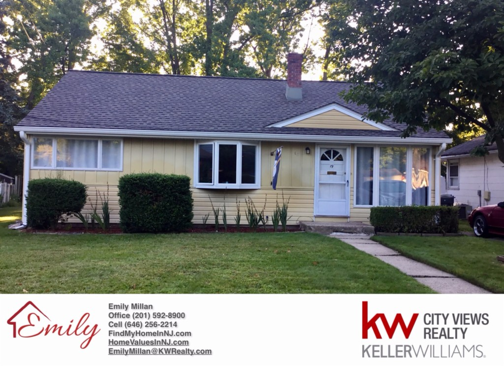 Photo of 19 Greenwich Dr  Bergenfield  NJ