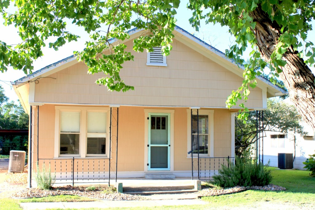 Photo of 1517 Boone Street  Bryan  TX