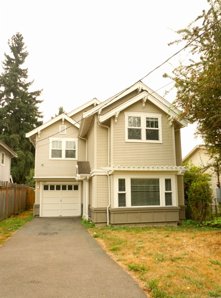 Photo of 725 S Donovan Street  Seattle  WA