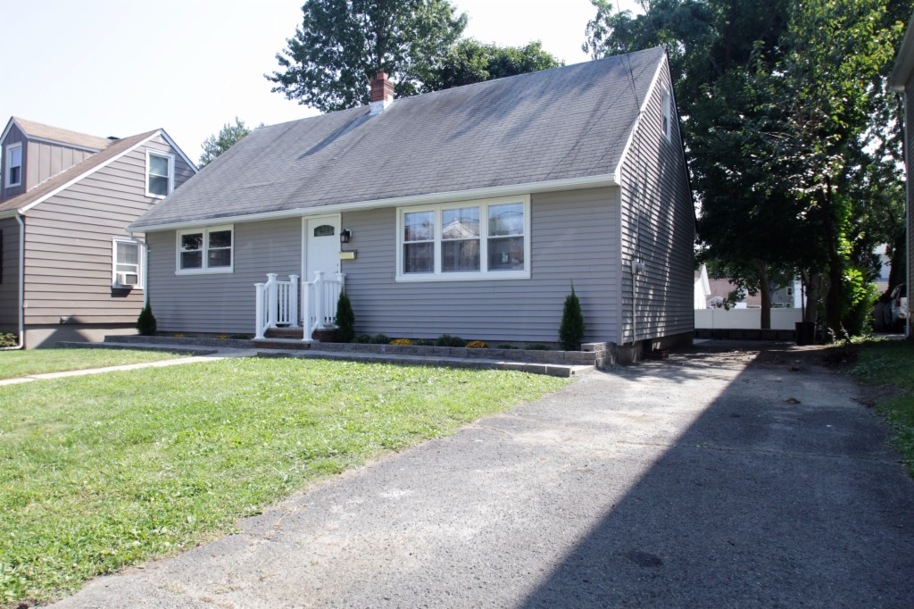 Photo of 694 Bloomfield Ave  Nultey  NJ