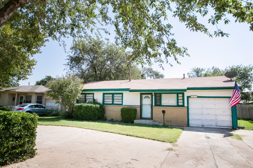 Photo of 4411 45th St  Lubbock  TX