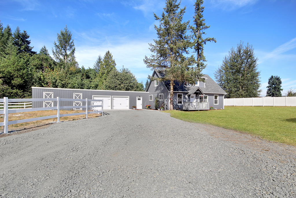 Photo of 15520 Fox Hill Rd SE  Yelm  WA