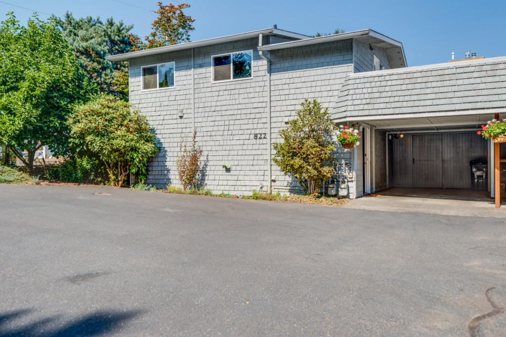 Photo of 822 N 6th Ave SW  Tumwater  WA