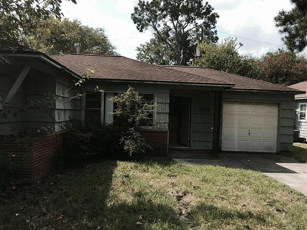 Photo of 1205 Maplewood Lane  Pasadena  TX