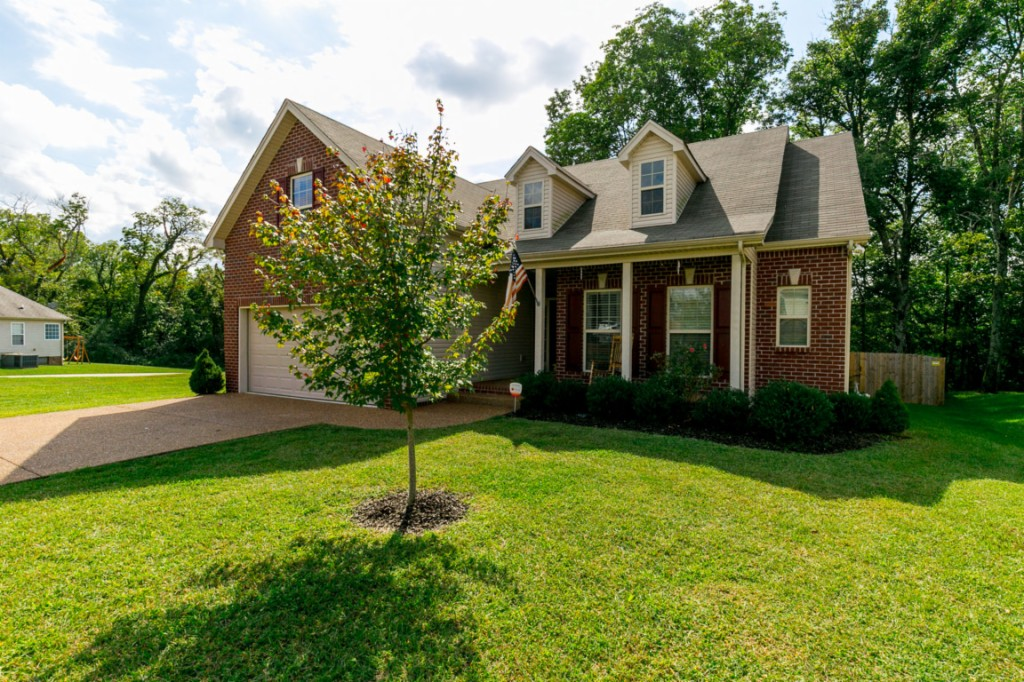 Photo of 1106 Golf View Way  Spring Hil  TN