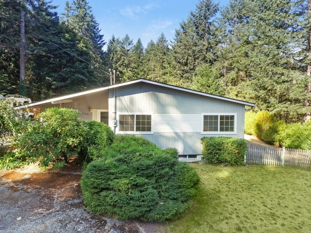 Photo of 11020 Butte Dr SW  Lakewood  WA