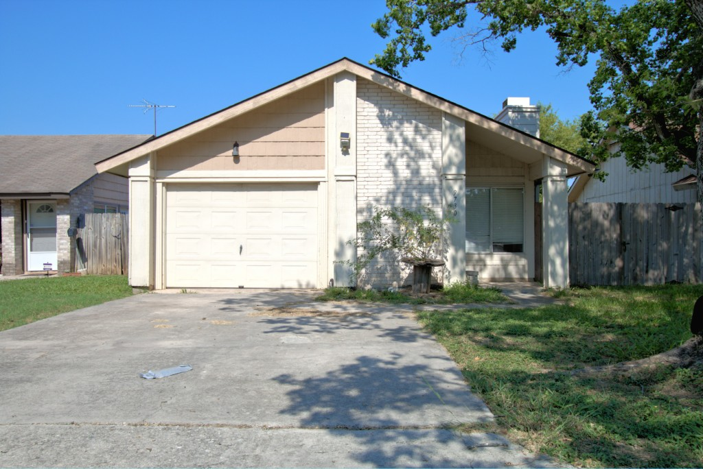 Photo of 9730 Meadow Drive  Converse  TX