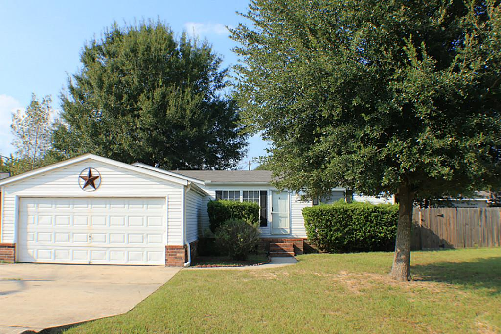 Photo of 16405 Hill Country Drive  Conroe  TX