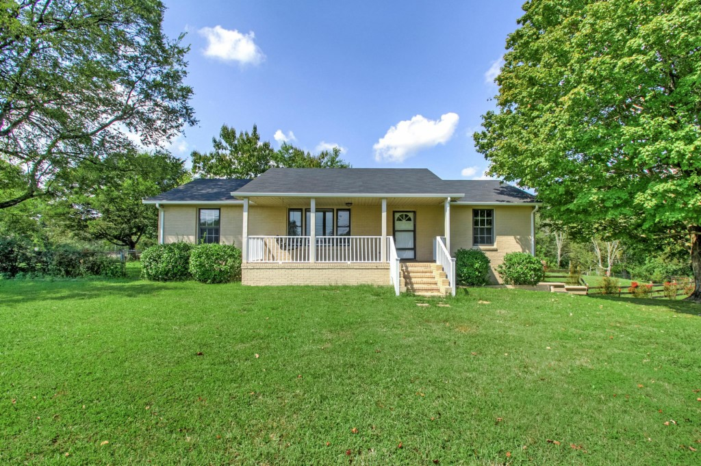 Photo of 4708 Grays Point Rd  Joelton  TN