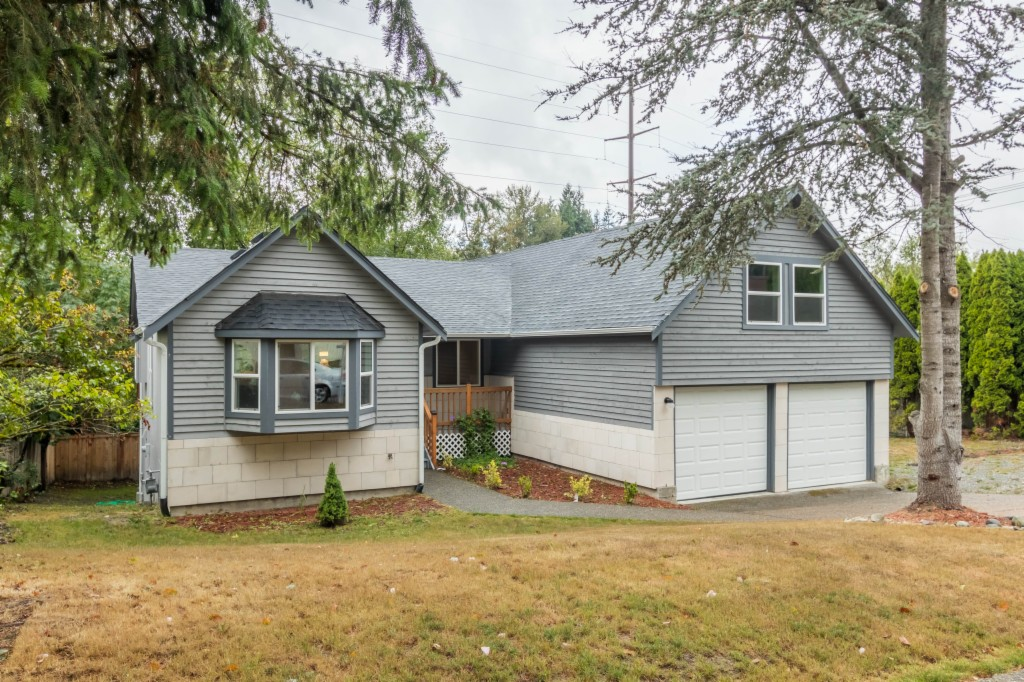 Photo of 19207 135th Ave SE  Renton  WA