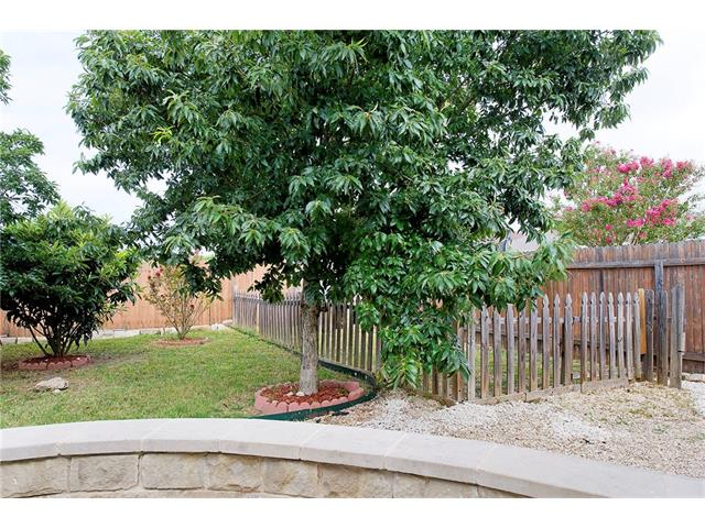 Photo of 612 Shale DR  Jarrell  TX