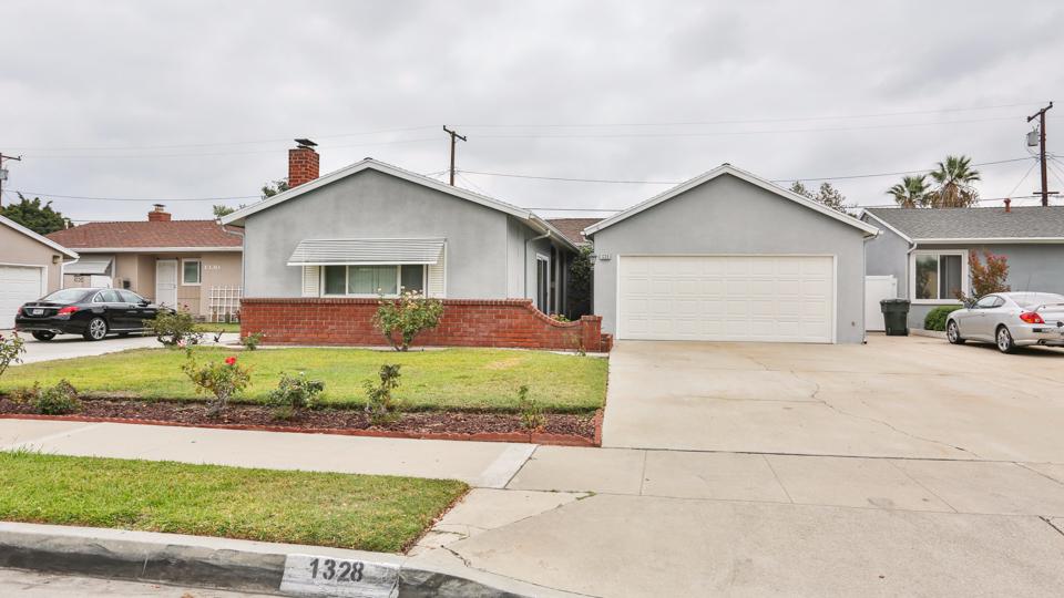 Photo of 1328 Devonshire  Anaheim  CA