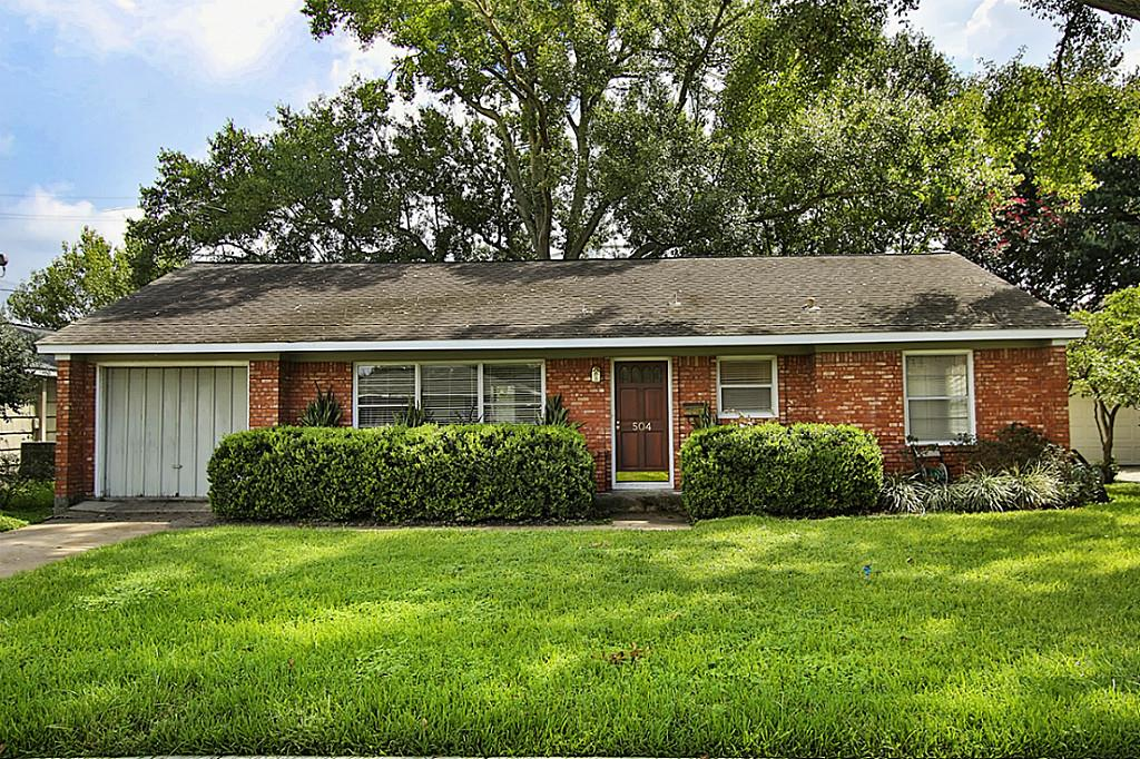 Photo of 504 Wilmington Drive  Bellaire  TX
