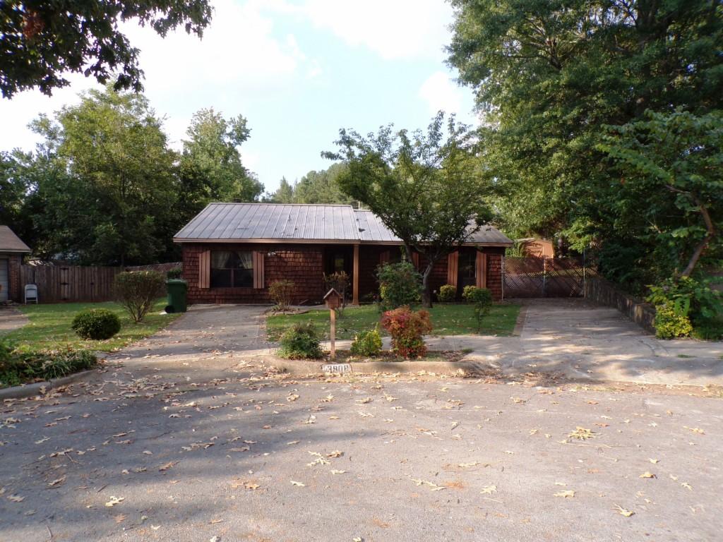 Photo of 3908 Oak Glen Terrace  Huntsville  AL