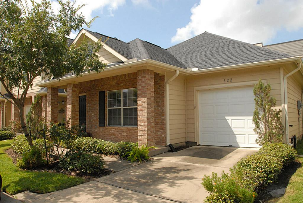Photo of 822 Sterling Creek Circle  Katy  TX