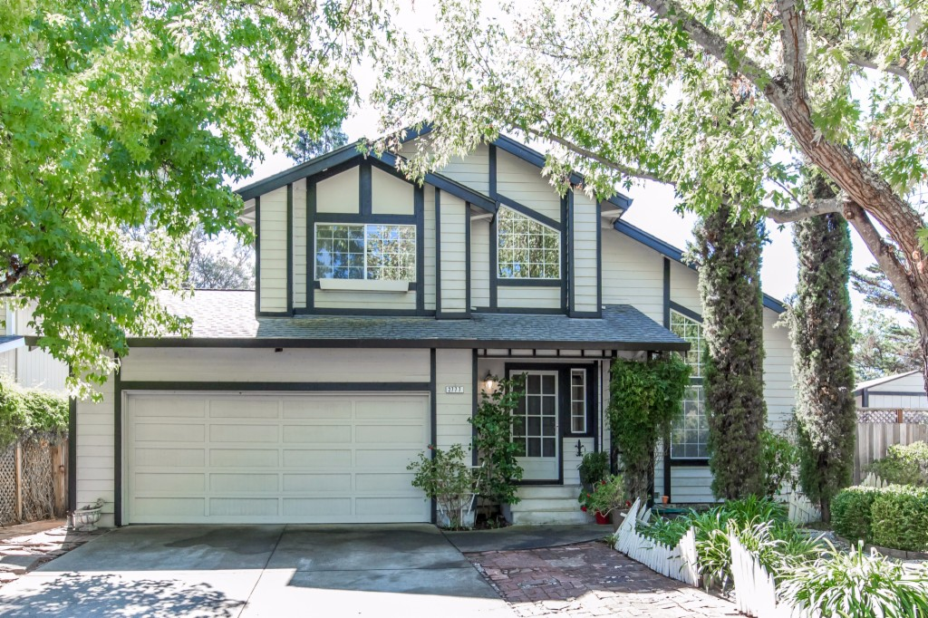 Photo of 2777 Royal Oak Place  Santa Rosa  CA
